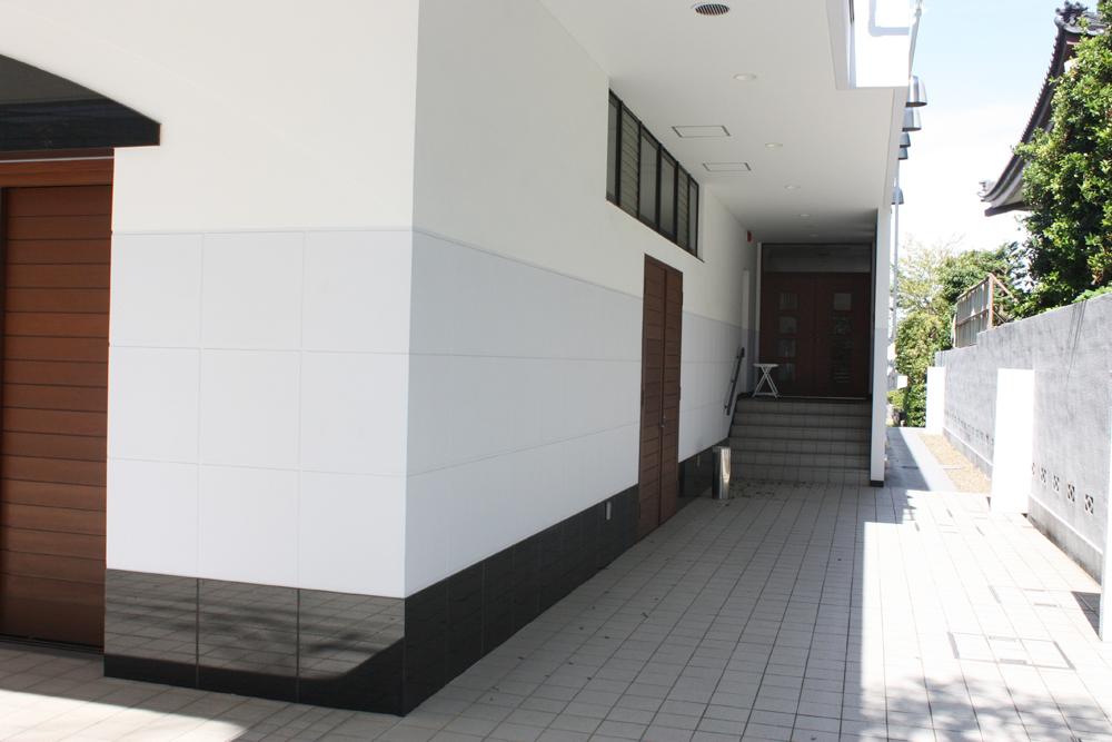 高徳寺 新井白石記念ホール04