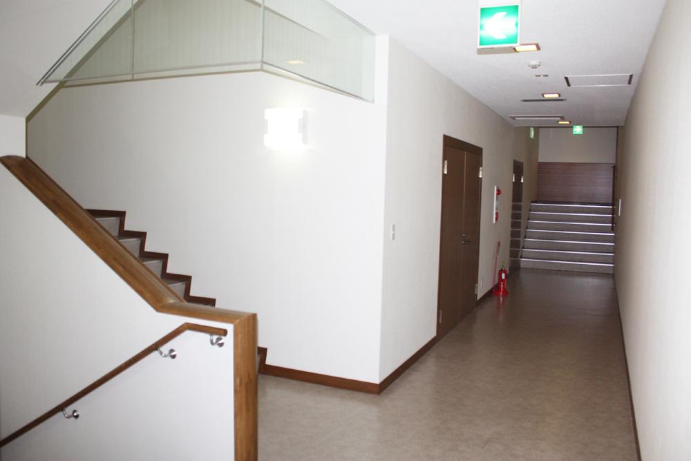 高徳寺 新井白石記念ホール06